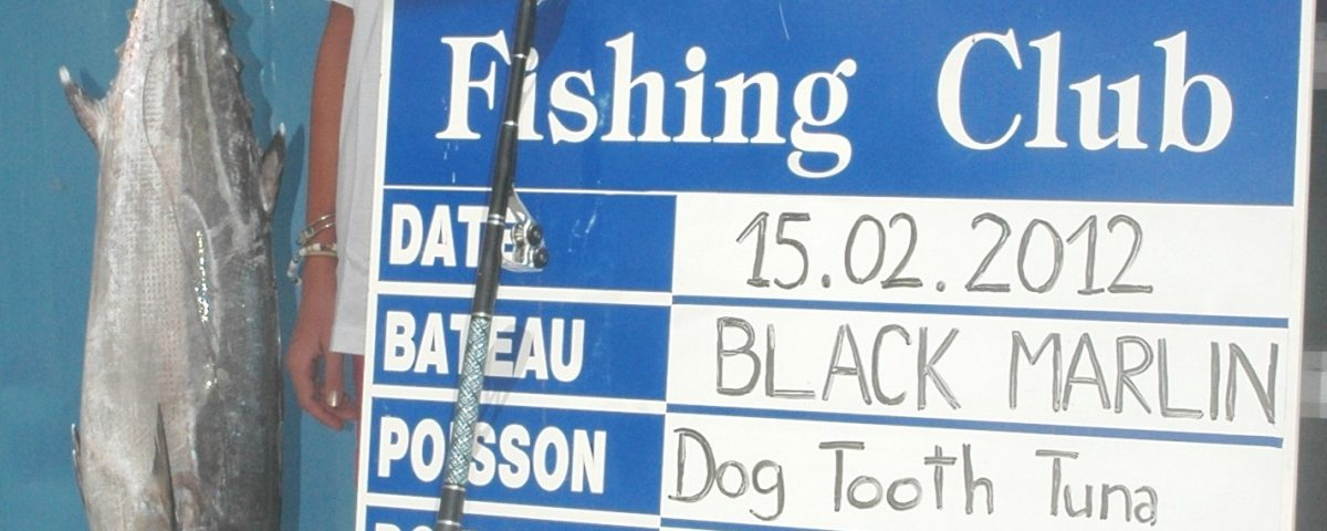 On 15/02/2012 Marie FORET – France – breaks up the feminine junior world record all tackle, of dogtooth tuna with a piece of 9,5kg caught on bait