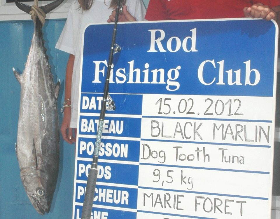 Marie Forêt record du monde junior féminin 80lb thon à dents de chien 9.5kg 15 02 2012