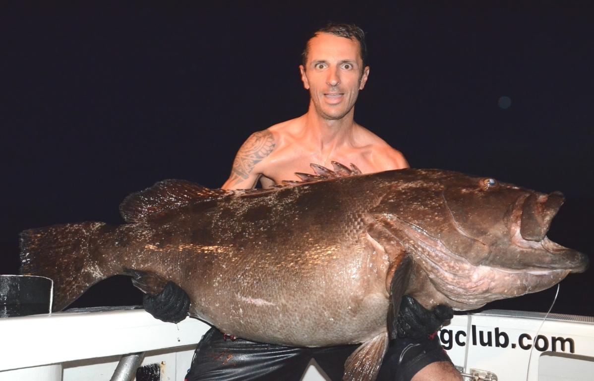 Potato grouper or Epinephelus Tukula fishing technique - Rod Fishing Club - Rodrigues Island - Mauritius - Indian Ocean