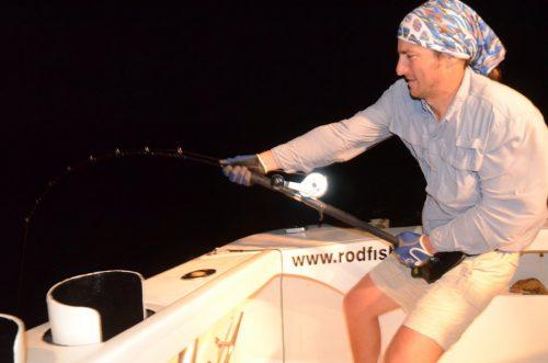 Alban au jig - Rod Fishing Club - Ile Rodrigues - Maurice - Océan Indien