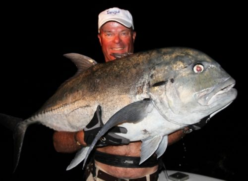 Christian et sa carangue ignobilis de 31kg - Rod Fishing Club - Ile Rodrigues - Maurice - Océan Indien