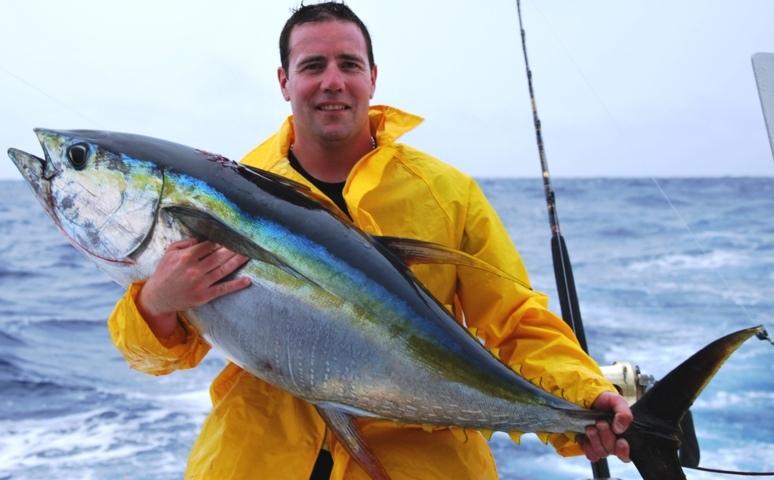 David et son thon jaune - Rod Fishing Club - Ile Rodrigues - Maurice - Océan Indien