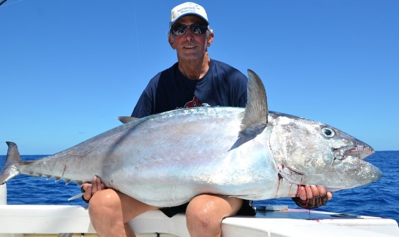Mart et son doggy de 65 kg - Rod Fishing Club - Ile Rodrigues - Maurice - Océan Indien