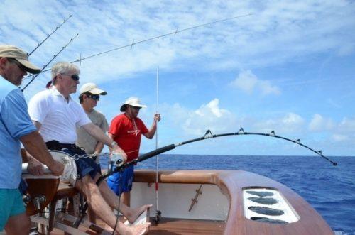 Michel au prise avec un marlin noir de 250kg - Rod Fishing Club - Ile Rodrigues - Maurice - Océan Indien