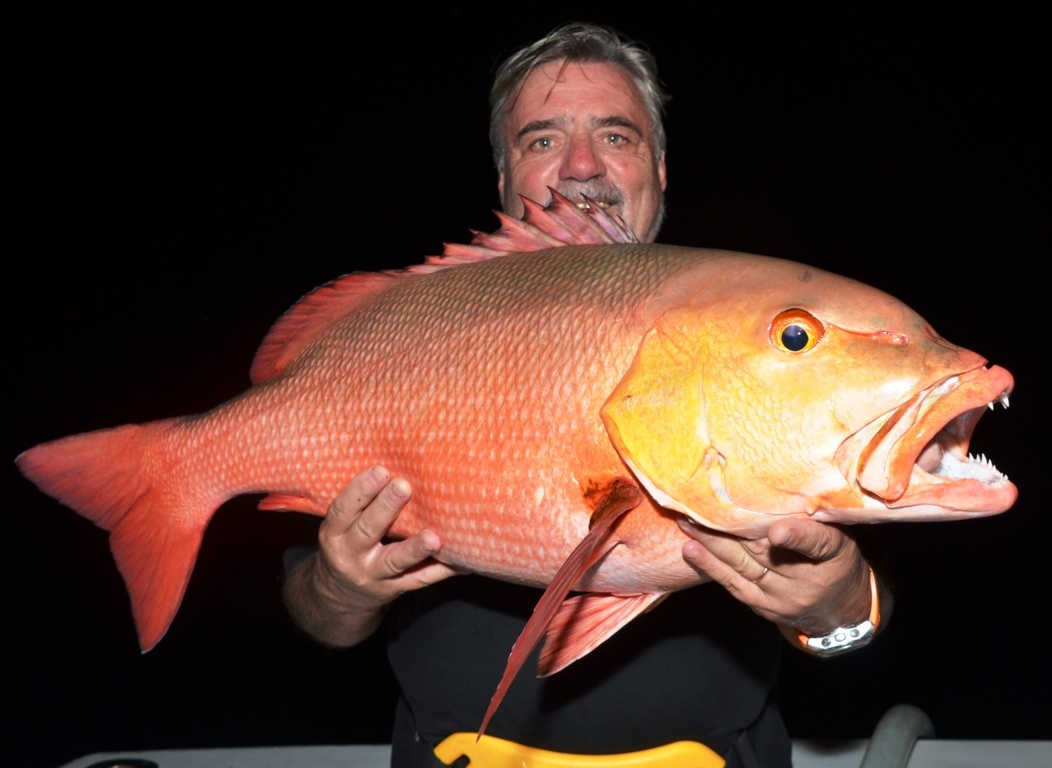 Patrick et sa carpe rouge - Rod Fishing Club