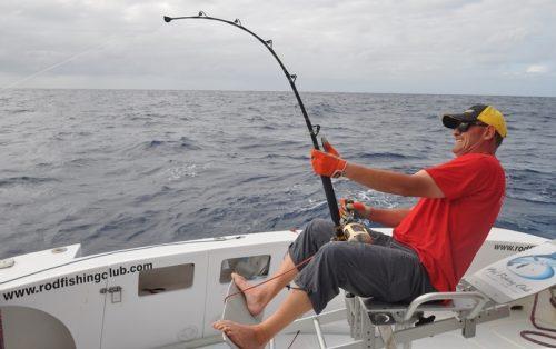 Philippe en action sur un marlin noir - Rod Fishing Club - Ile Rodrigues - Maurice - Océan Indien