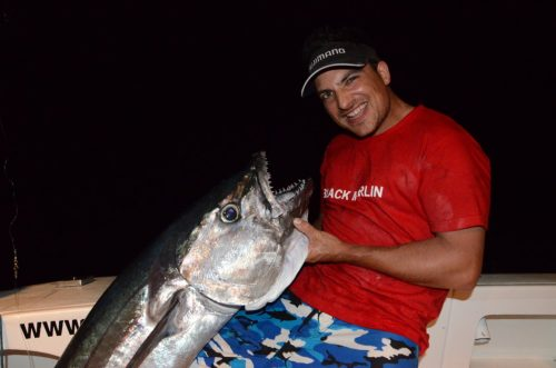 Pierre et son thon dents de chien de 43kg en jigging - Rod Fishing Club - Ile Rodrigues - Maurice - Océan Indien