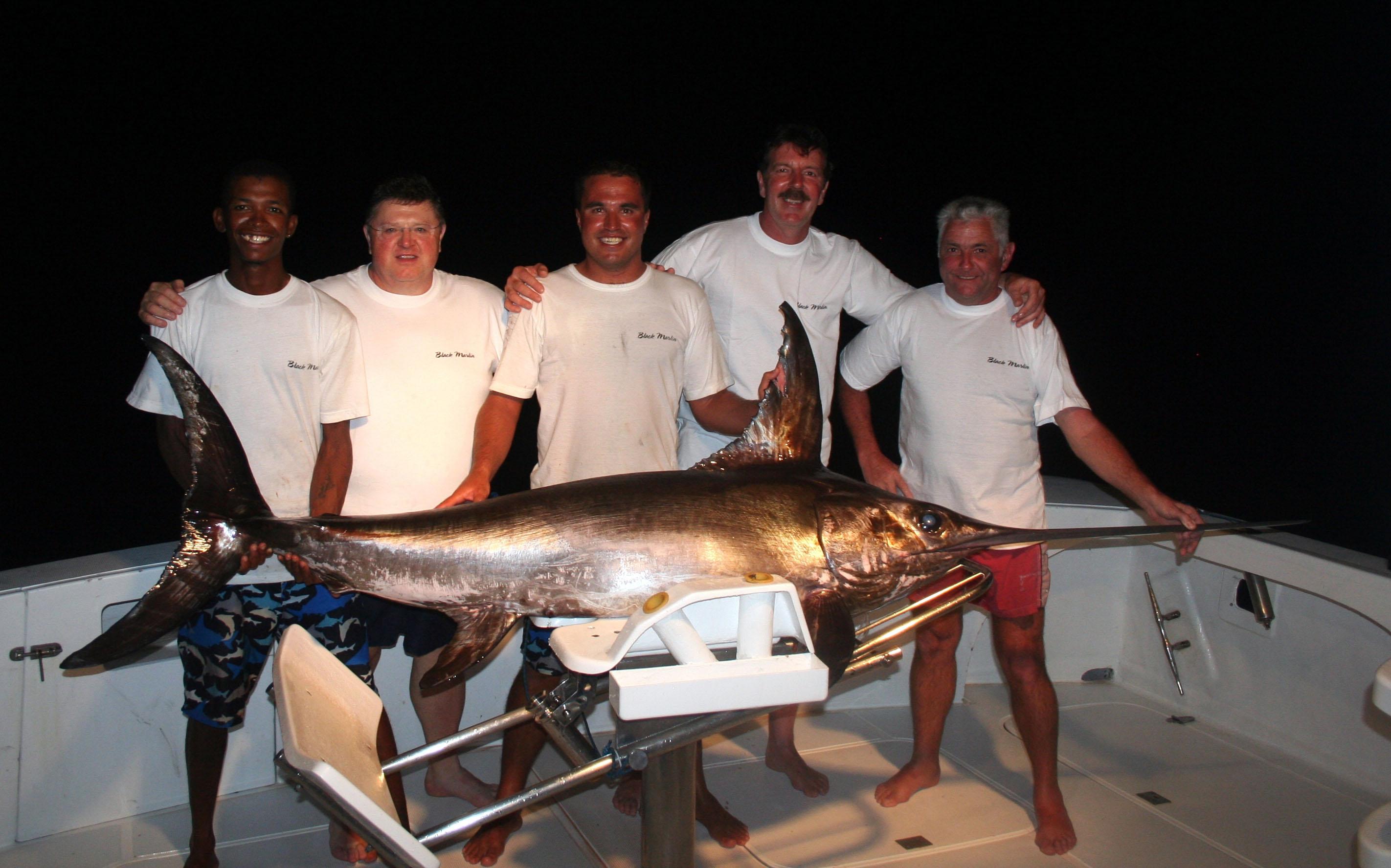 The Dream Team and his swordfish of 73kg - Rod Fishing Club - Rodrigues Island - Mauritius - Indian Ocean