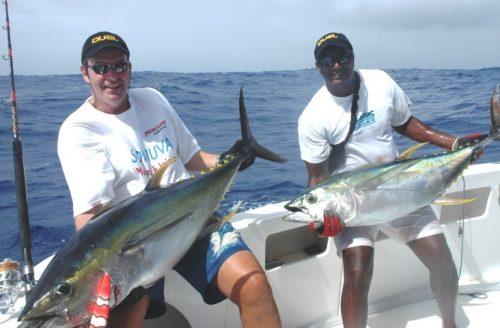 Thons jaunes de 30kg environ - Rod Fishing Club - Ile Rodrigues - Maurice - Océan Indien