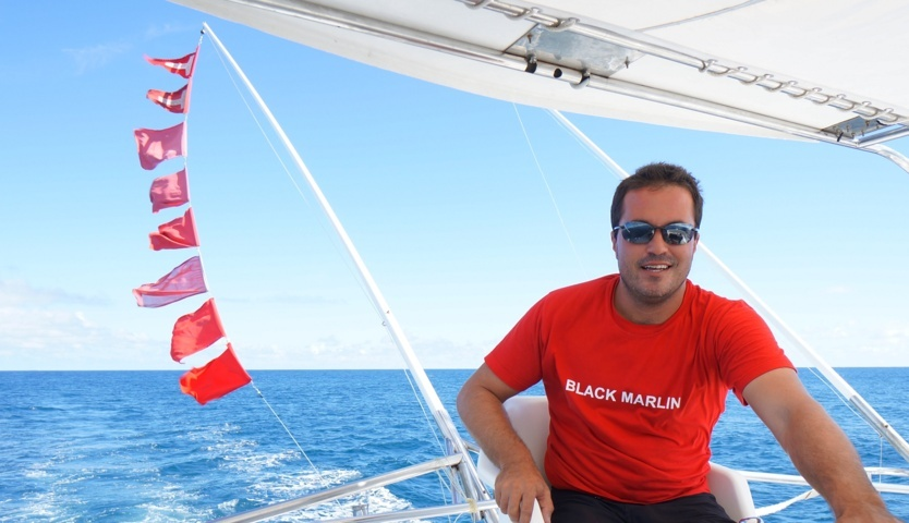 Yann un capitaine heureux - 8 rostres - 2 relâches- Rod Fishing Club - Ile Rodrigues - Maurice - Océan Indien