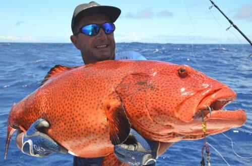 babone au jig pour Michel - Rod Fishing Club - Ile Rodrigues - Maurice - Océan Indien