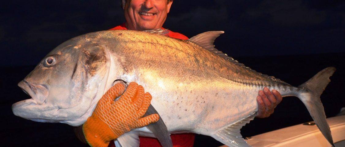 carangue ignobilis de 25kg relâchée - Rod Fishing Club - Ile Rodrigues - Maurice - Océan Indien
