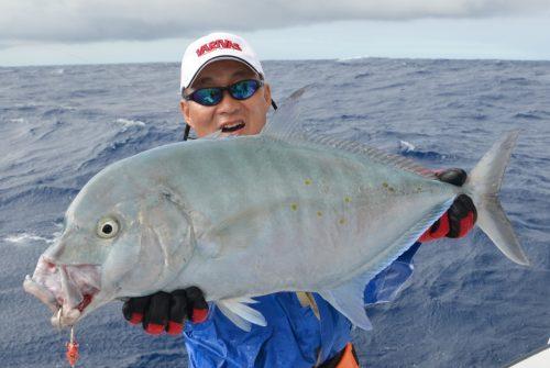 carangue points jaunes au jig - Rod Fishing Club - Ile Rodrigues - Maurice - Océan Indien