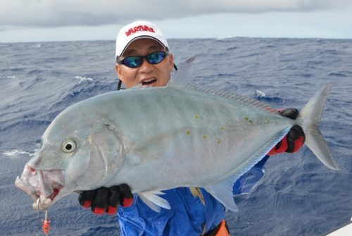 carangue points jaunes au jig - Rod Fishing Club - Ile Rodrigues - Maurice - Océan Indien