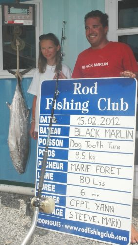 doggy record du monde junior 9.5kg pour Marie - Rod Fishing Club - Ile Rodrigues - Maurice - Océan Indien.
