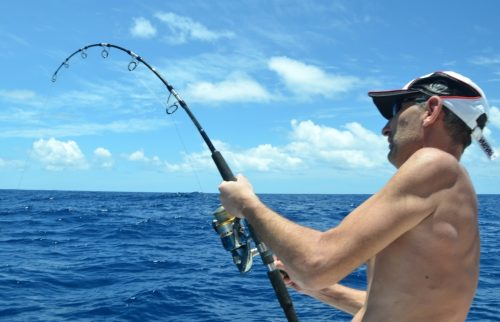en plein combat - Rod Fishing Club - Ile Rodrigues - Maurice - Océan Indien