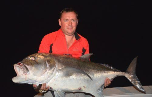 grosse carangue ignobilis relâchée par Eduard en jigging - Rod Fishing Club - Ile Rodrigues - Maurice - Océan Indien