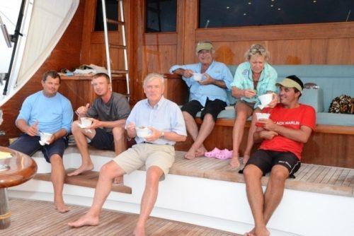 pause déjeuner - Rod Fishing Club - Ile Rodrigues - Maurice - Océan Indien