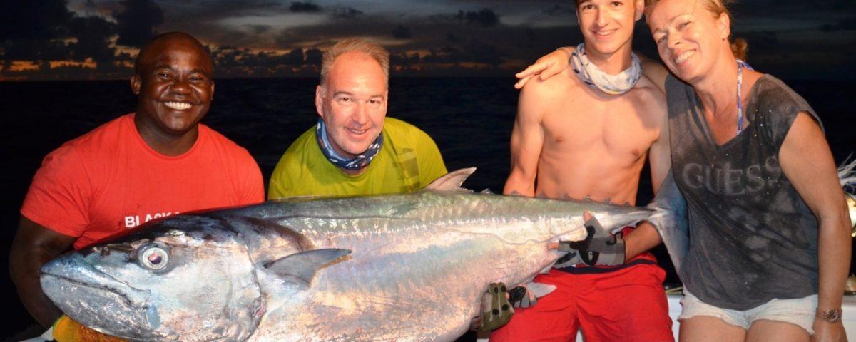 thon à dents de chien de 69kg- Rod Fishing Club - Ile Rodrigues - Maurice - Océan Indien