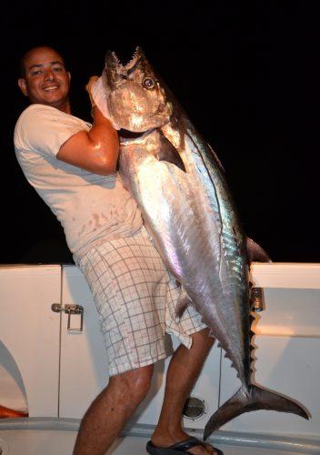 thon à dents de chien de 35kg par Aviram - Rod Fishing Club - Ile Rodrigues - Maurice - Océan Indien