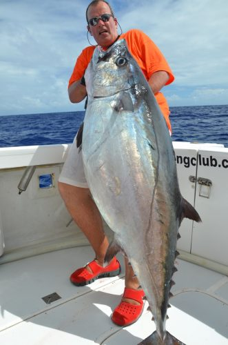 thon à dents de chien de 45kg par Bruno en jigging - Rod Fishing Club - Ile Rodrigues - Maurice - Océan Indien