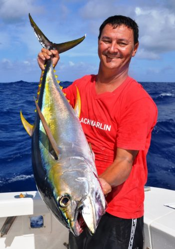 16kg yellowfin tuna on trolling - Rod Fishing Club - Rodrigues Island - Mauritius - Indian Ocean