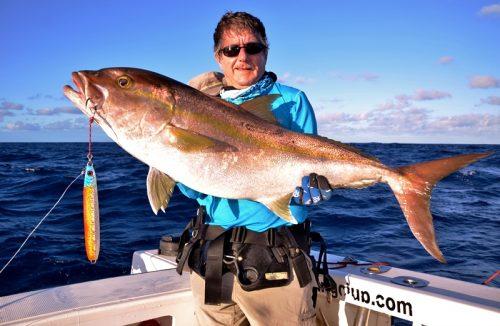 18kg seriola on very deep jigging - Rod Fishing Club - Rodrigues Island - Mauritius - Indian Ocean