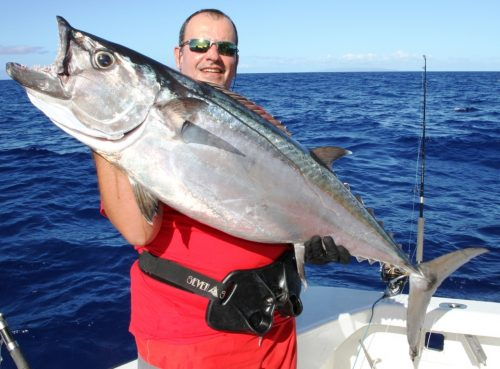 23kg doggy on jigging - Rod Fishing Club - Rodrigues Island - Mauritius - Indian Ocean