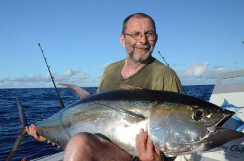 36kg yellowfin tuna for Pascal on trolling - Rod Fishing Club - Rodrigues Island - Mauritius - Indian Ocean