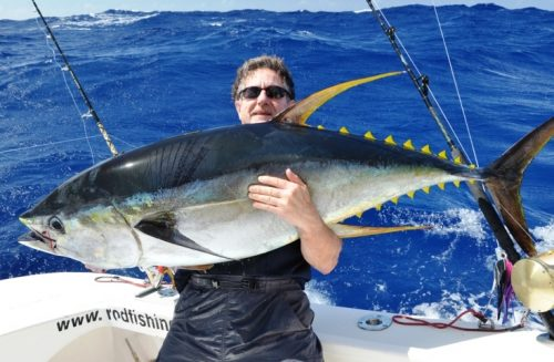 50kg yellowfin on heavy spinning by Claudius - Rod Fishing Club - Rodrigues Island - Mauritius - Indian Ocean