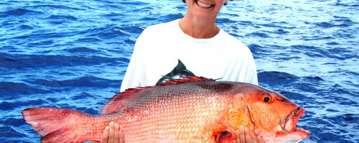 Anne Laure Bruneau record du monde toutes catégories carpe rouge 14.5kg 25 11 2012