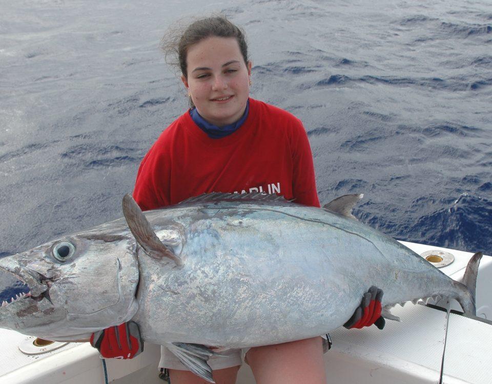Cécile Klein record du monde junior féminin 80lb thon à dents de chien 28.5kg 11 03 2013