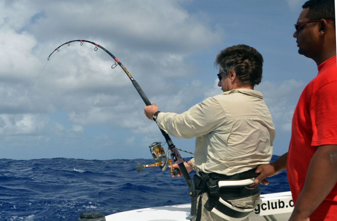 Fighting on Heavy Spinning with double handles - Rod Fishing Club - Rodrigues Island - Mauritius - Indian Ocean