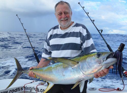 Gerard and yellowfin tuna - Rod Fishing Club - Rodrigues Island - Mauritius - Indian Ocean