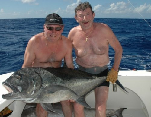 Good GT on baiting - Rod Fishing Club - Rodrigues Island - Mauritius - Indian Ocean