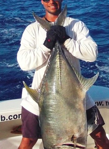 Jeremy and his GT caught on jigging - Rod Fishing Club - Rodrigues Island - Mauritius - Indian Ocean