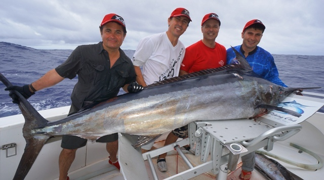 Spanish dream team 2 rodrigues island mauritius 28 for Fishing rod in spanish