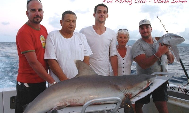Payet family with their shark - Rod Fishing Club - Rodrigues Island - Mauritius - Indian Ocean