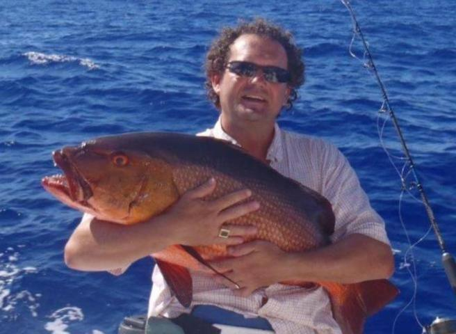 Richard et sa carpe rouge - Rod Fishing Club - Ile Rodrigues - Maurice - Océan Indien