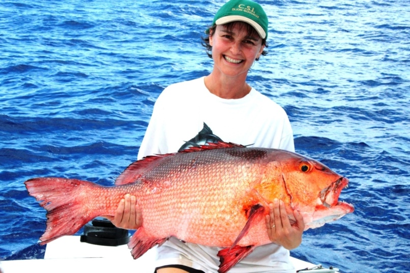 World Record of two spot red snapper by Anne Laure on baiting - Rod Fishing Club - Rodrigues Island - Mauritius - Indian Ocean