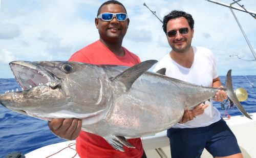 doggy on livebaiting by Julien - Rod Fishing Club - Ile Rodrigues - Maurice - Océan Indien
