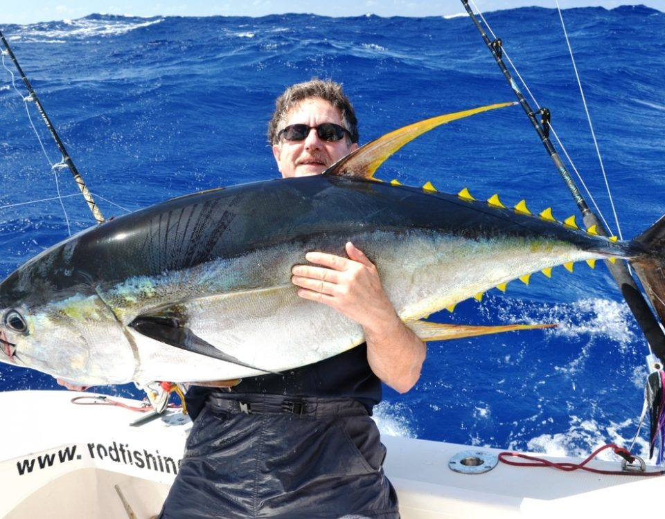 50kg YellowFin Tuna on heavy spinning - Rod Fishing Club - Rodrigues Island - Mauritius - Indian Ocean
