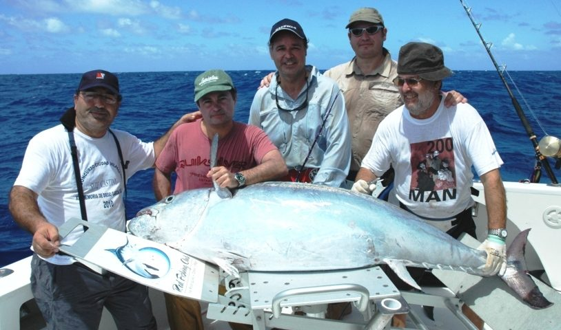 75kg doggy on jigging by Alberto - Rod Fishing Club - Rodrigues Island - Mauritius - Indian Ocean