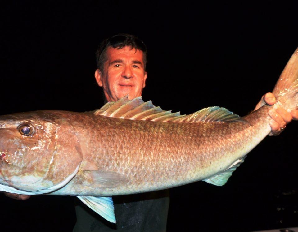 Gros poisson poulet par Louis - Rod Fishing Club - Ile Rodrigues - Maurice - Océan Indien