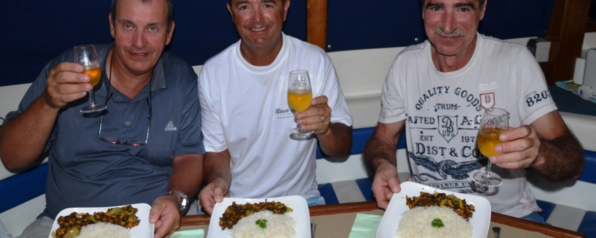 Repas 4 étoiles à bord de Black Marlin - Rod Fishing Club - Ile Rodrigues - Maurice - Océan Indien