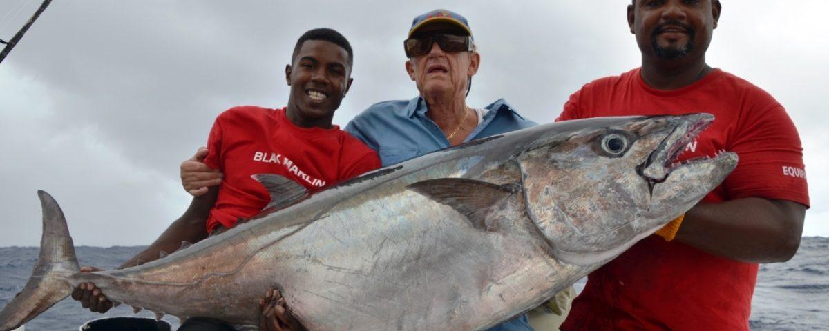 Thon à dents de chien 55.5kg pour notre senior JP - Rod Fishing Club - Ile Rodrigues - Maurice - Océan Indien