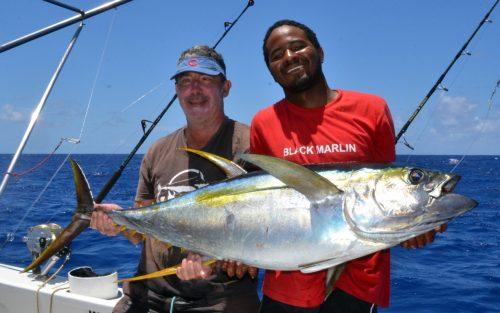 thon-jaune-de-37kg-en-heavy-spinning-par-marc-rod-fishing-club-rodrigues-ile-maurice-ocean-indien