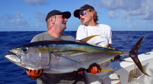 good-yellowfin-tuna-on-trolling-rod-fishing-club-rodrigues-island-mauritius-indian-ocean