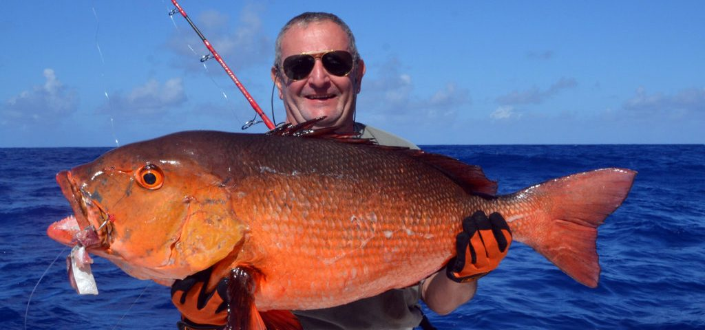 potential-world-record-of-15kg-two-spot-red-snapper-rod-fishing-club-rodrigues-island-mauritius-indian-ocean