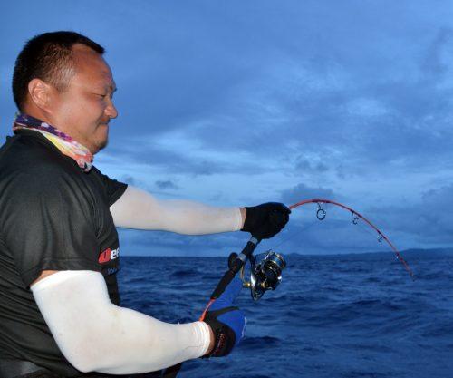 Rude combat pour Sam - www.rodfishingclub.com - Ile Rodrigues - Maurice - Océan Indien